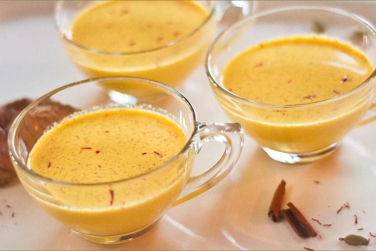 Zlatno mleko- čaroban napitak za vašu kičmu. Lekovita pasta od kurkume