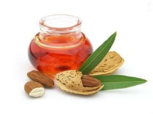 10 razloga da žene zavole bademovo ulje