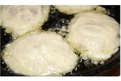Pljeskavice od krompira sa mesom. Brzo i ukusno!