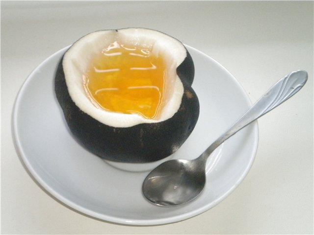 Domaći sirup protiv suvog kaslja i bronhitisa za decu i odrasle sa crnom rotkvom i medom.