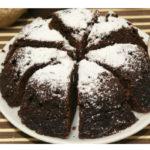 Ukusan čokoladni kolač za 5 minuta! Oduševite svoju decu.