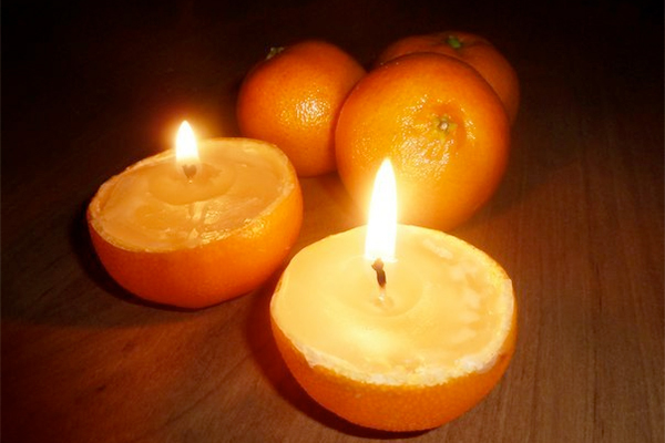 Mirisna sveća od narandže.