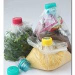 Iskoristite čepove od plastičnih flaša da zatvorite kese na praktičan način