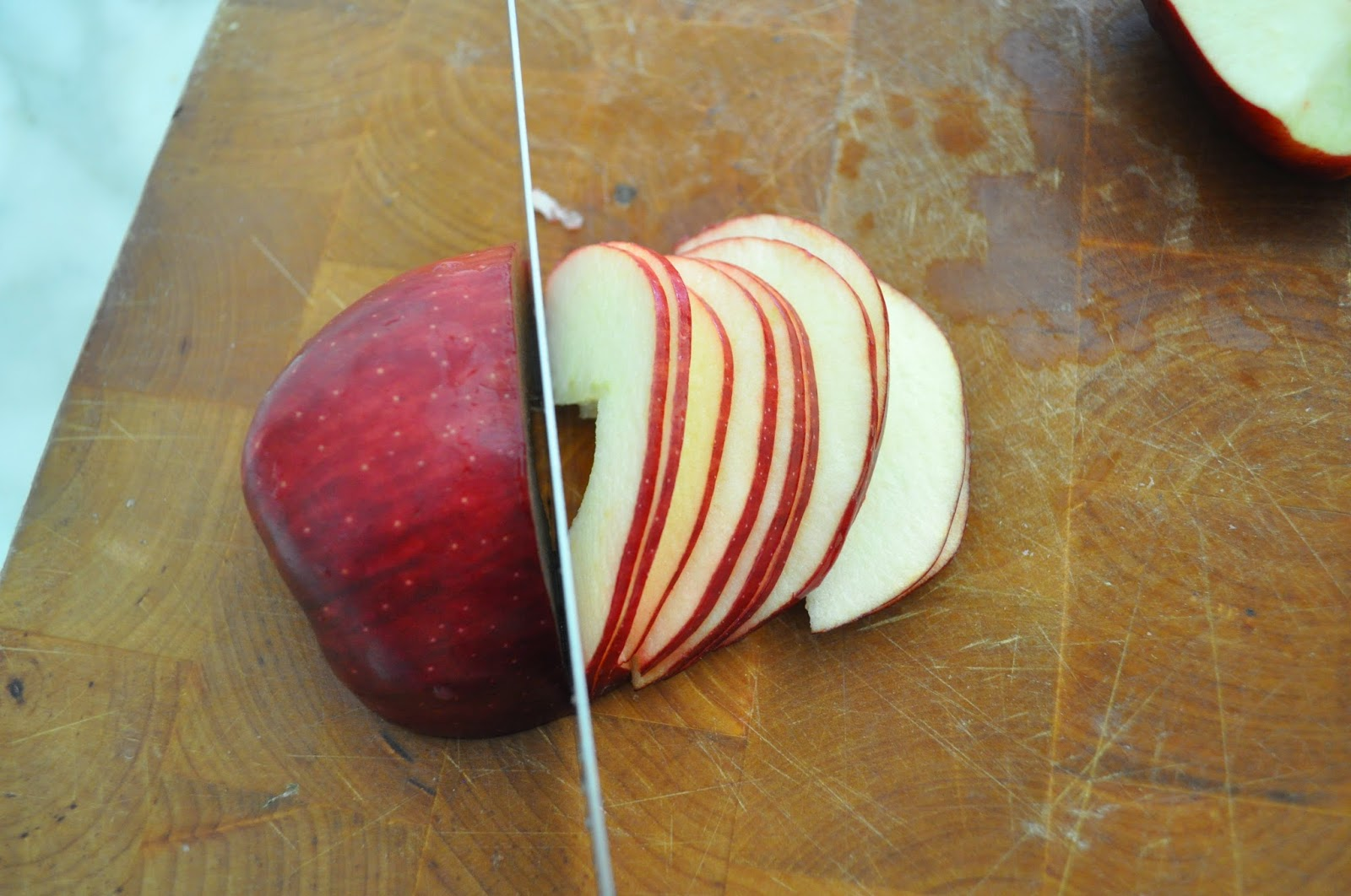 Ukusne ruže od jabuka