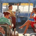 U autobusu se vozi žena, i priča mobilnim telefonom sa drugaricom
