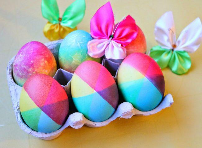 Kako ofarbati jaja u dugine boje