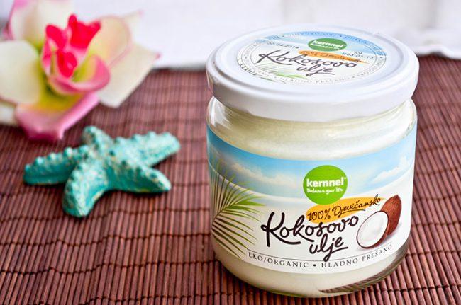 Kokosovo ulje – savršen dar za negu vašeg lica!
