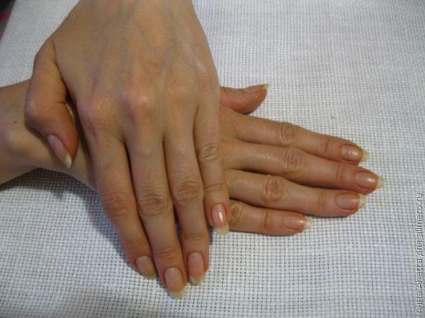 Kako da vaši nokti brže rastu. Jaki i lepi nokti za mesec dana!
