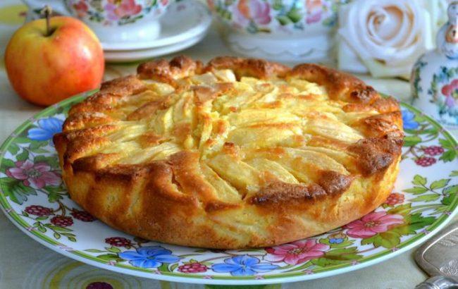 http://uspesnazena.com/recepti-zdrava-hrana/ruska-sarlotka/