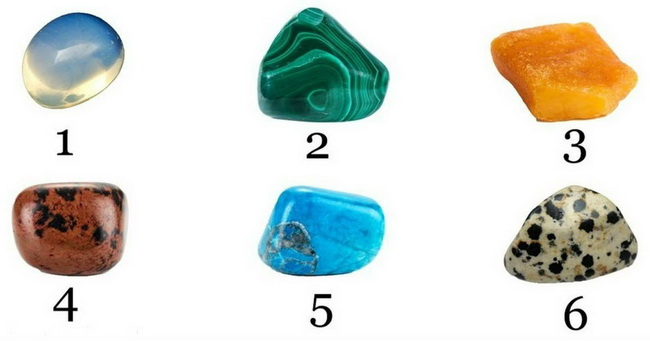 Izaberite kamen i saznajte šta vam valja činiti u bliskoj budućnosti.