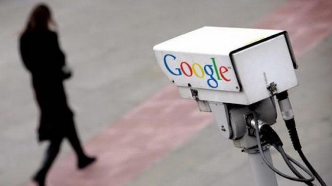 Ispostavlja se da Google prati svaki naš korak!