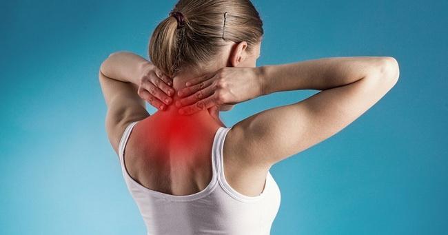 11 vežbi za ublažavanje napetosti u vratu i ramenima