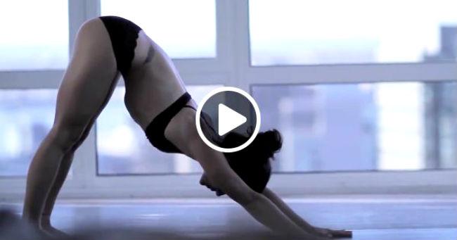 Jutarnje vežbe profesionalnog instruktora joge